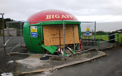 The Big Apple Kiosk at the Mumbles in Swansea