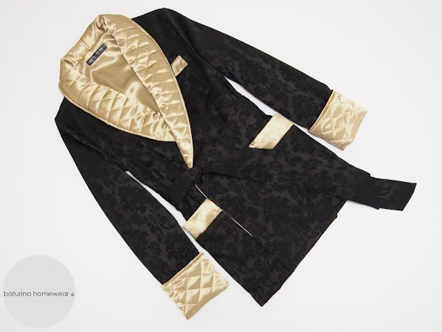 mens black smoking jacket robe quilted silk collar warm robe gentleman traditional 19th century victorian vintage style dressing gown