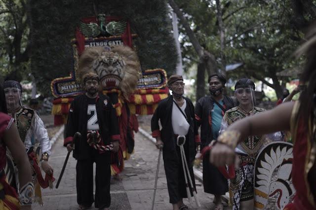 Sesepuh Reyog Onggolono, Supriono : Wajib bagi seniman Reyog mendukung Ipong