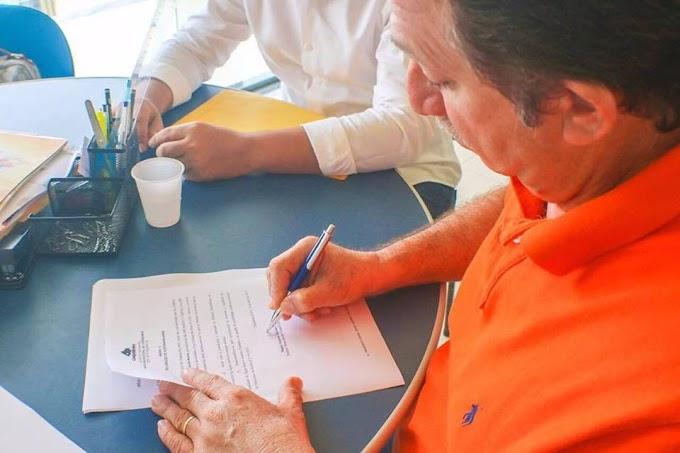 VEJA! Magno Bacelar assina convênio para implantação de sistemas de abastecimento de água na zona rural