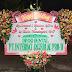 Karangan bunga papan happy wedding surabaya