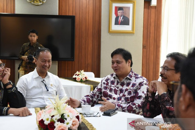 Akibat Rangkap Jabatan, Tim Ekonomi Jokowi yang Dikomandoi Airlangga Jadi Tak Maksimal