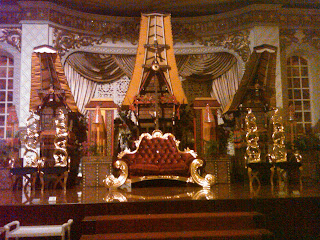 info bisnis: dekorasi pengantin khas toraja