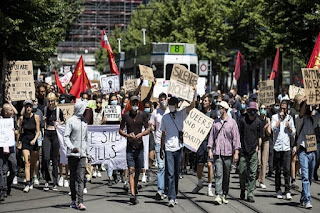 geneva-protesters-against-racism