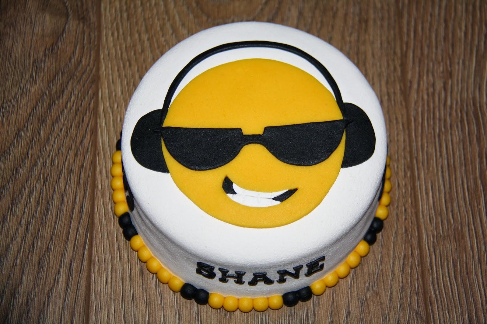 smiley taart Karin's Taarten: Smiley taart smiley taart