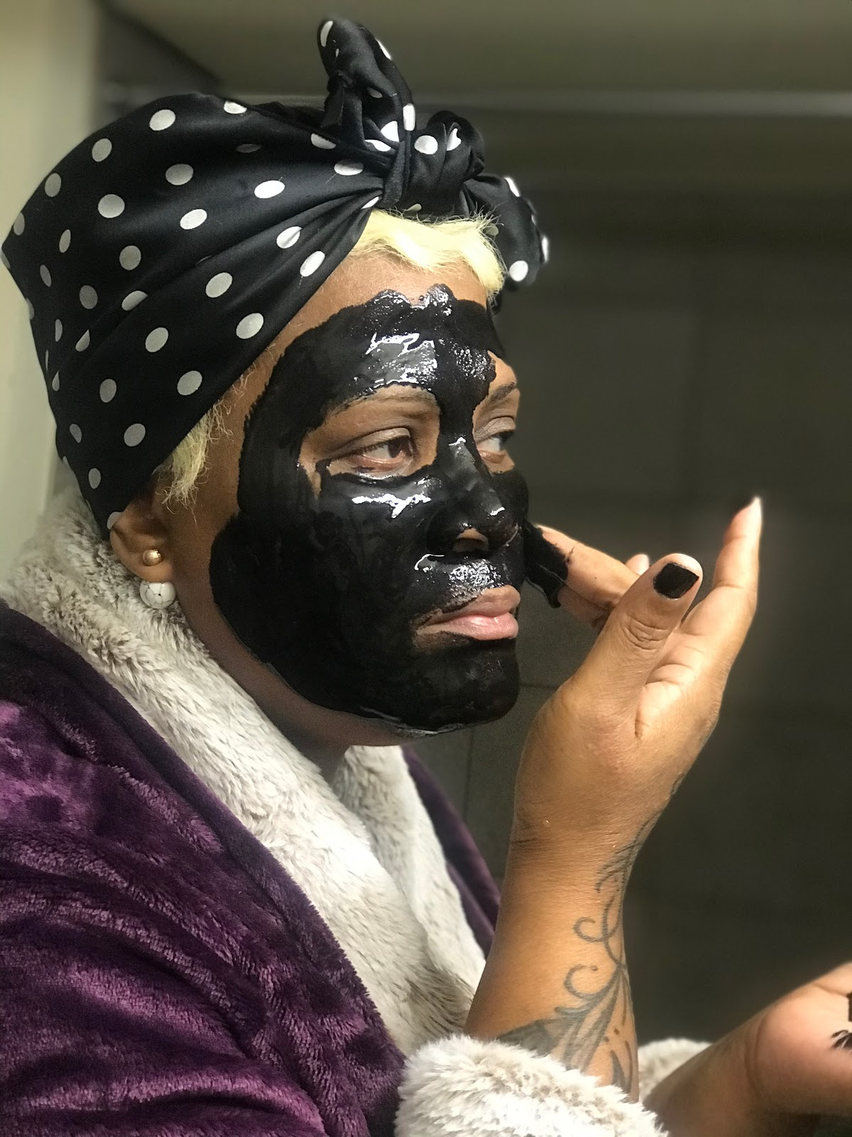 I Tried A New Face Mask! Tried a men's peel mask. Feel good beauty bits
