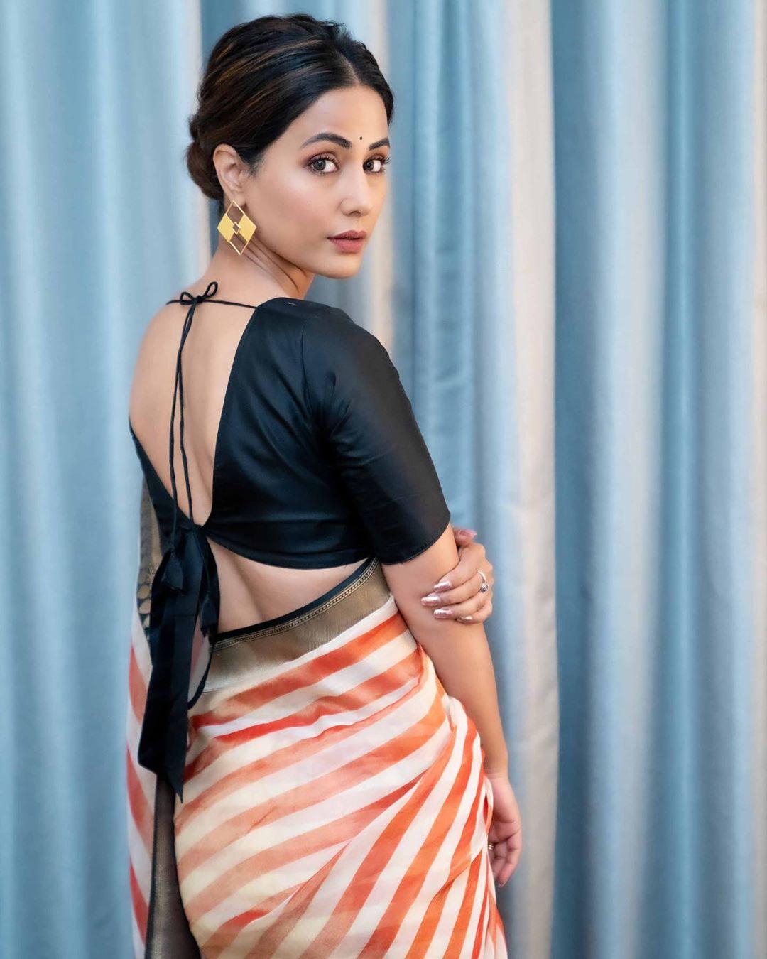 hina khan popular indian tv actress best photo in saree