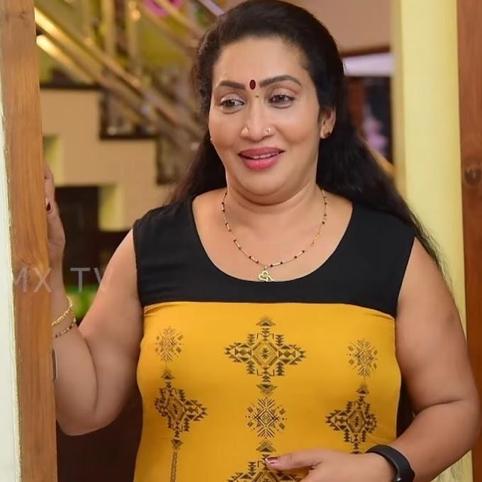 Mallu Serial Actress Lakshmi Sanal Photos