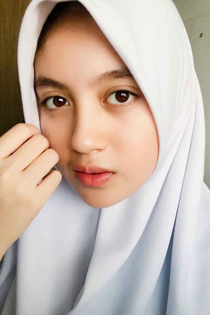 hijab ketat nabila jkt48