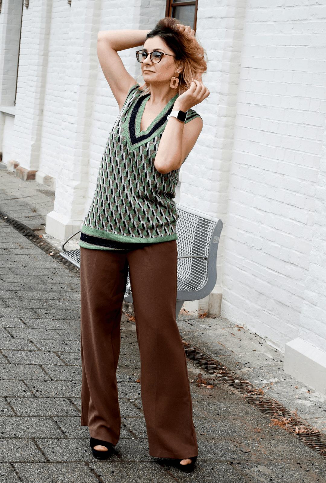 Braun-kombinieren-Outfit-Marlenehose