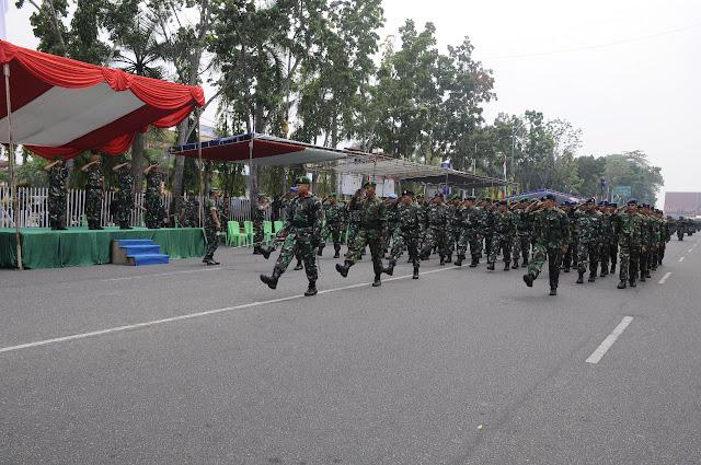 Danrem 031 Wira Bima Tinjau Gladi Bersih Peringatan HUT Ke-74 TNI