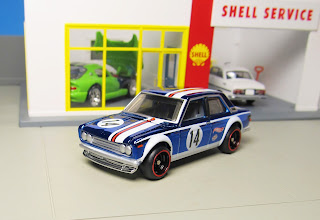 Hot Wheels red line Datsun Bluebird 510
