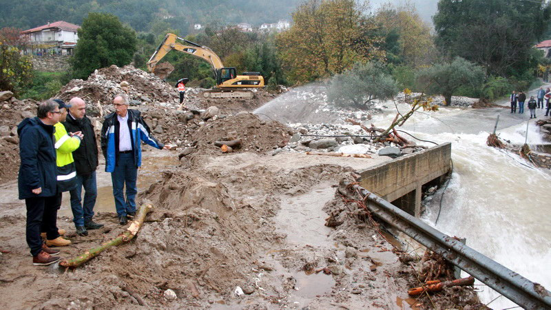 Στη Θάσο κλιμάκιο της Περιφέρειας Αν. Μακεδονίας - Θράκης για τις καταστροφές από τις πλημμύρες