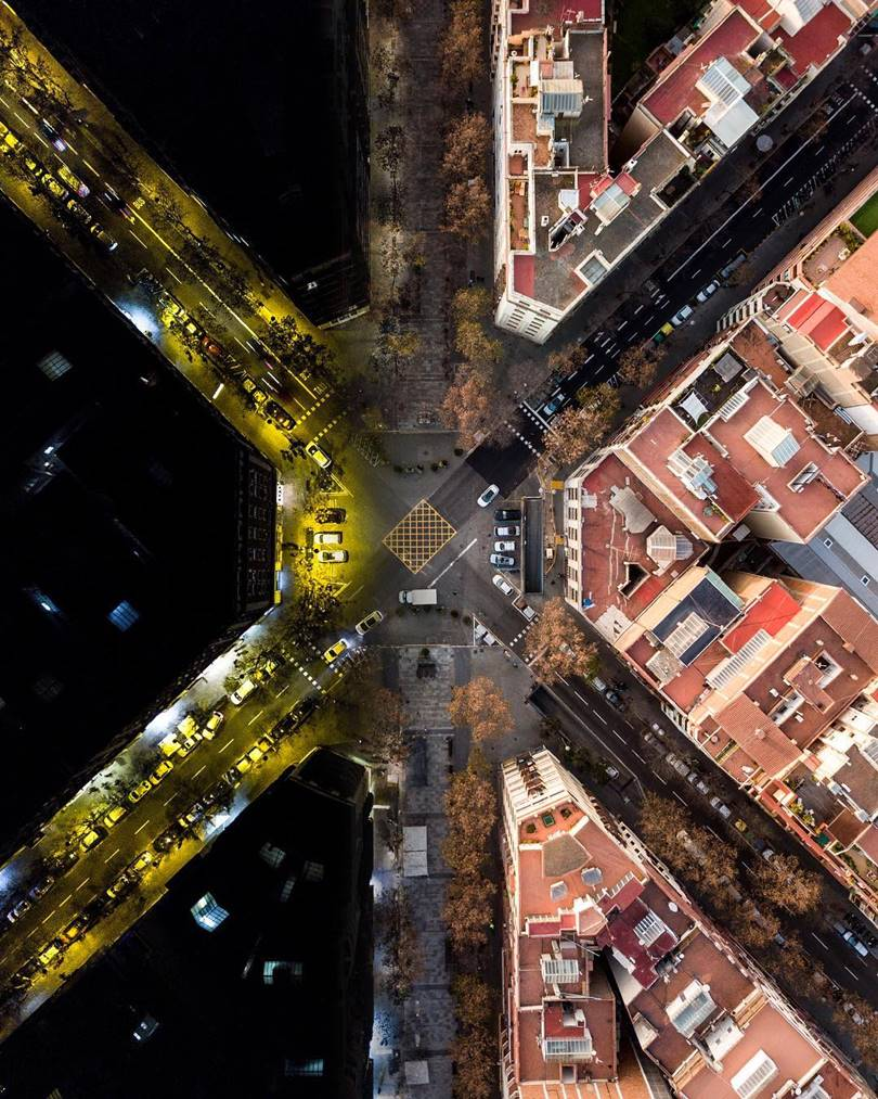 A Fascinating Photo Series 'Barcelona from Above'
