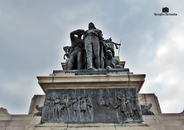 Close-up do Grupo Escultórico Os Inconfidentes Mineiros de 1789 - Parque da Independência - Ipiranga - São Paulo