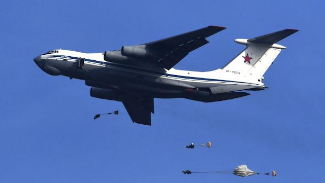 Rusia equipará sus aviones de transporte militar con sistemas que 'engañan' a los misiles enemigos