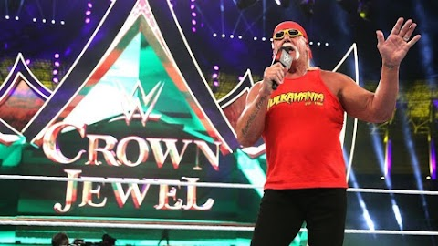 WWE teria oferecido um contrato de lenda a Hulk Hogan