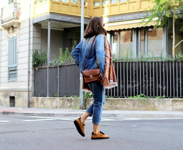 La loca de las zapatillas