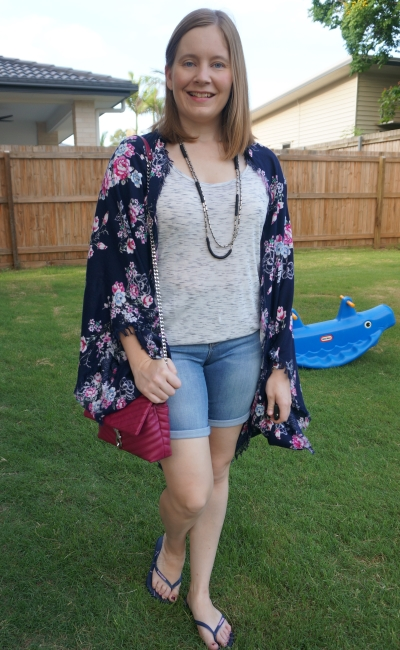 floral kimono print mix space dye tee and bermuda shorts summer mum style | awayfromtheblue