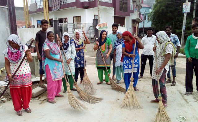 munesh-bhadana-start-clean-drive-ward-no-25