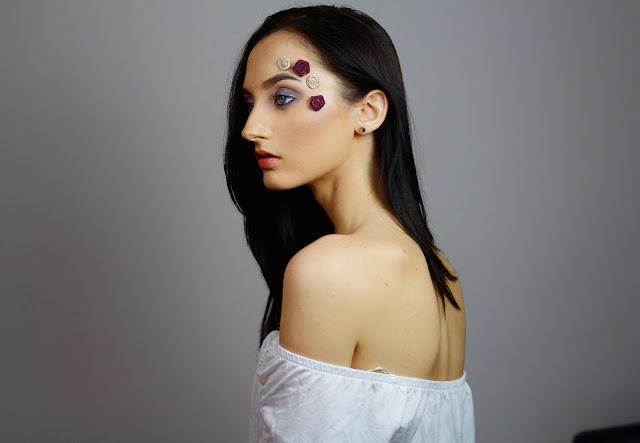 Rose makeup - makijaż fioletowy z różami