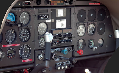 airplane signal navigation system and electronic equipment