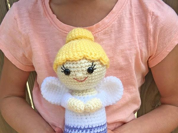 Free Crochet Mini Angel Pattern