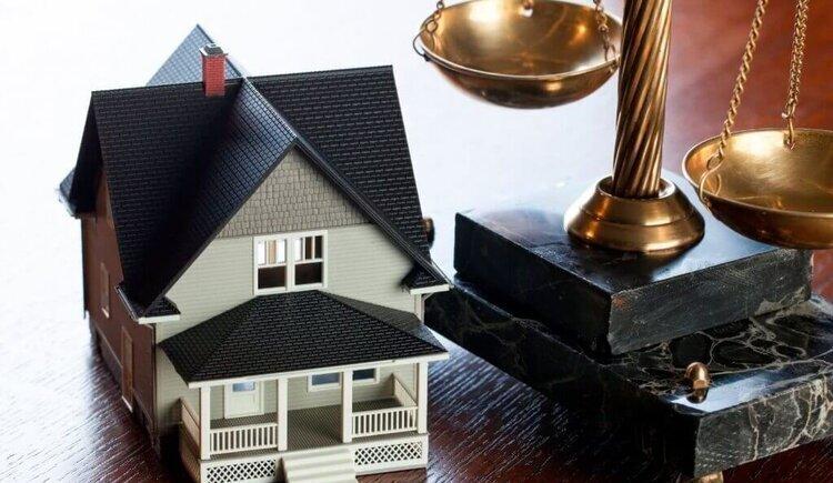 La propiedad y la vivienda digna, dos derechos constitucionales en juego