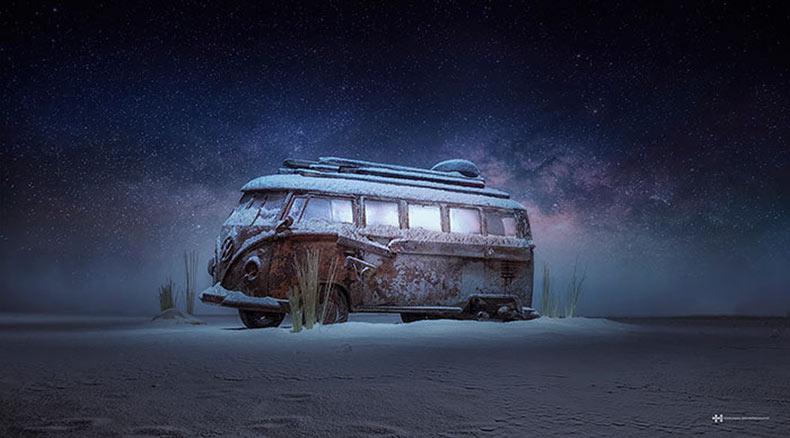 Fotógrafo crea misterio con un auto de juguete y una bolsa de harina