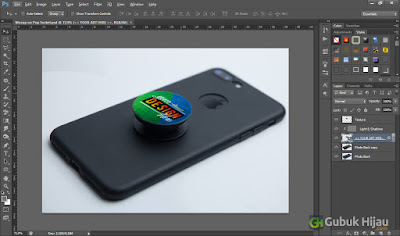 Mockup On Pop Socket Free gubukhijau.com