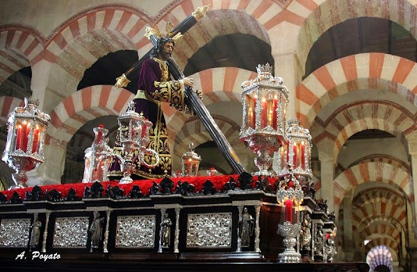 Fe y Consuelo de Martos acompañará a la Vera-Cruz de Córdoba el Lunes Santo