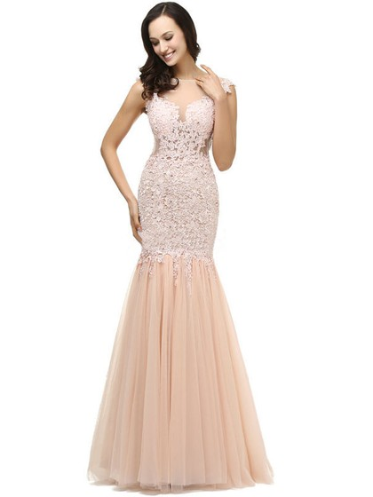 Scoop Neck Tulle Appliques Lace Trumpet/Mermaid Prom Dresses