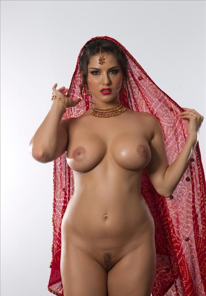 Sunny Leone Naked New Photos