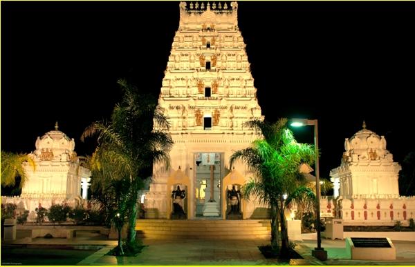 Ravi S  Iyer: Spiritual: Malibu Hindu Temple seems to have