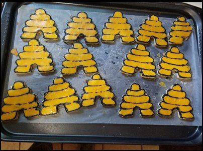 Beehive Cookie cookie cutters  bee themed party - bumble bee decorations - Bumble Bee Party Supplies - bumble bee themed party - Pooh themed birthday party - spring themed party - bee themed party decorations - bee themed table decorations - winnie the pooh party decorations - Bumblebee Balloon -  bumble bee costumes