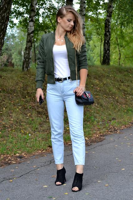 Zielona bomberka. ♥ Bomber jacket and mom jeans.