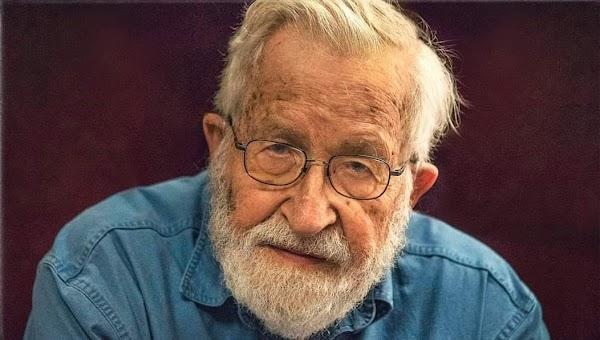 Destruyendo la democracia   por Noam Chomsky