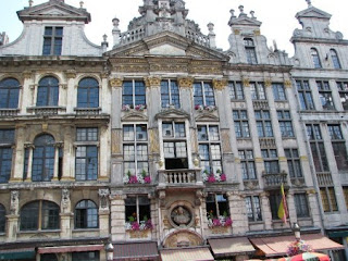 Habitations-particulières-individuelles-néo-classiques-à-Bruxelles.JPEG