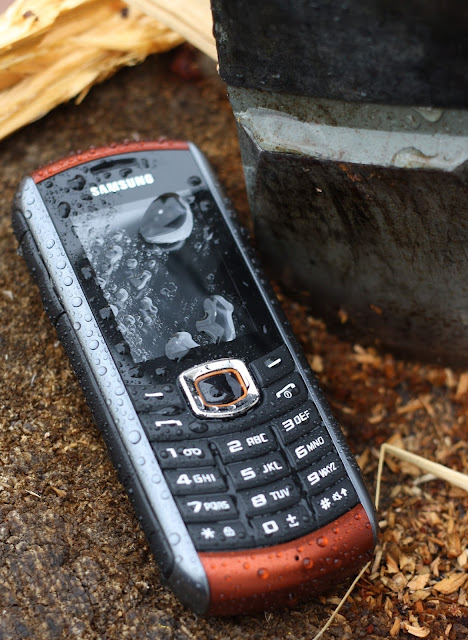 Peruspuhelin Samsung
