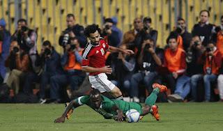 مصر تتغلب على أوغندا 1-0، وتقترب من الوصول لكأس العالم بروسيا 2018