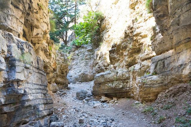 Greek outdoor activities & tours - Samaria Gorge hike tour with Keytours