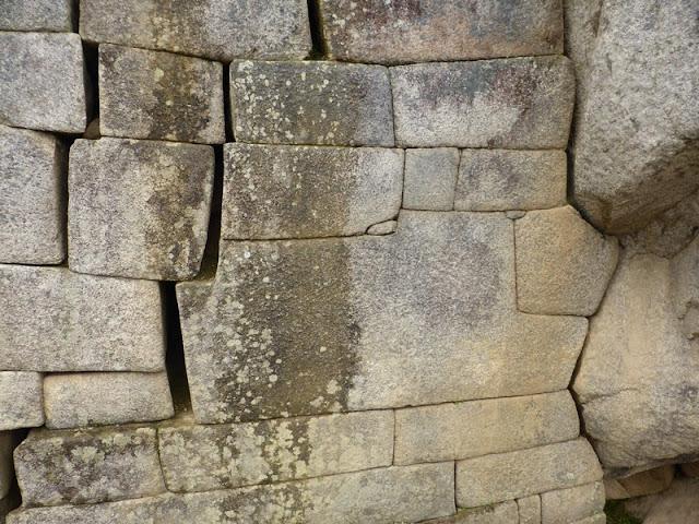 Machupicchu, piedra de los 12 ángulos