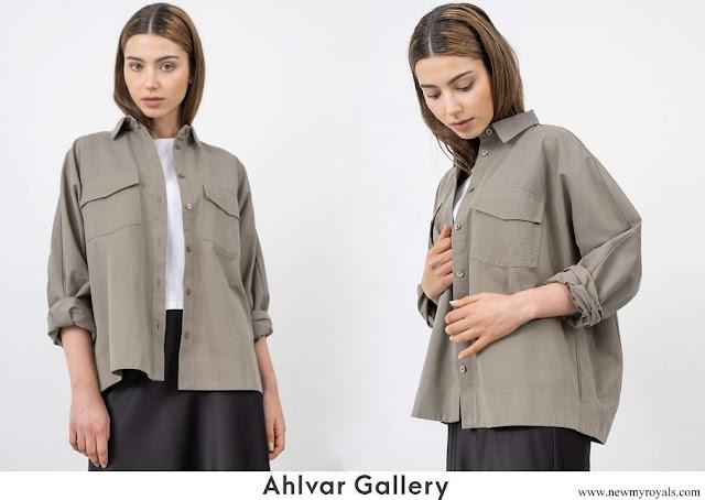 Princess Sofia wore AHLVAR Gigi overshirt light military 