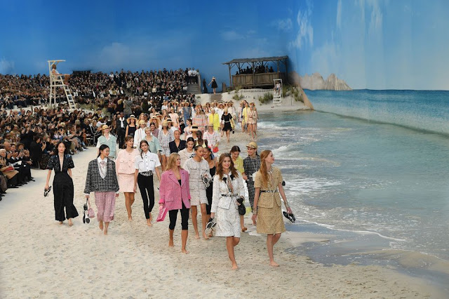 Chanel, Fashion Show, Beach, Paris, France, Paris Fashion Week, Grand Palais, Models, Fashion Show, Venue