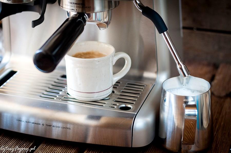 dobry-ekspres-do-kawy-z-mlynkiem