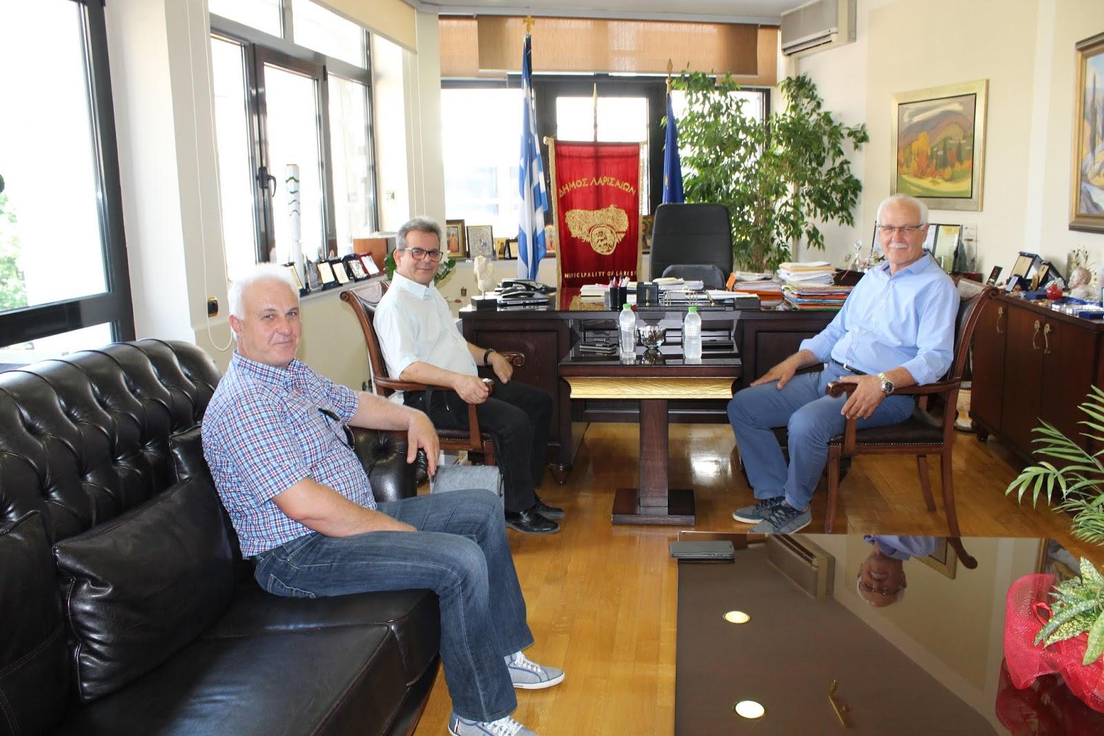 Στο Δημαρχείο της Λάρισας ο γ.γ. Αθλητισμού Ιουλιος Συναδινός
