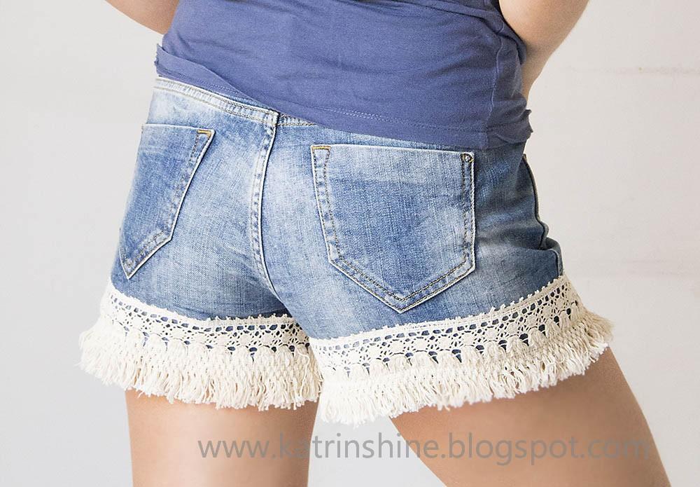 Katrinshine: Denim shorts decorated with lace ribbon