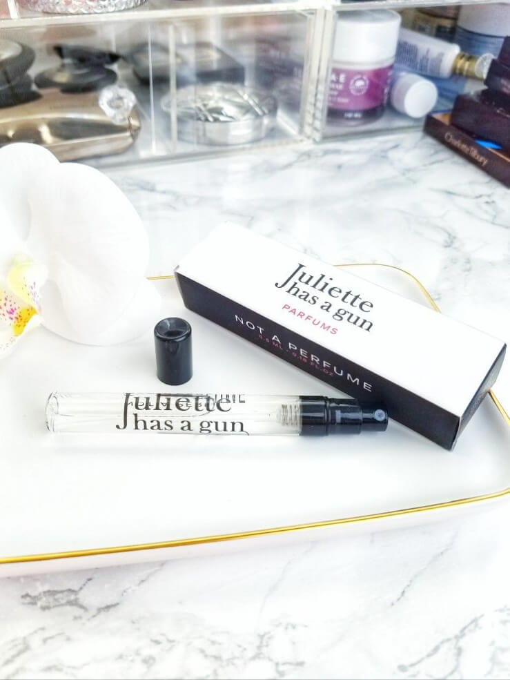 Snacking on Juliette Has a Gun Parfums | Not a Perfume 1