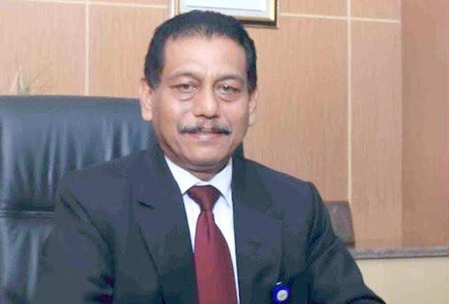 Plt Direktur Keuangan, Plt Direktur Kredit dan Syariah serta Plt Direktur Kepatuhan Bank Nagari, M Irsyad