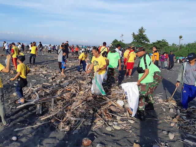 Kodim Gianyar Dukung Gerakan Semesta Berencana Bali Resik Sampah Plastik